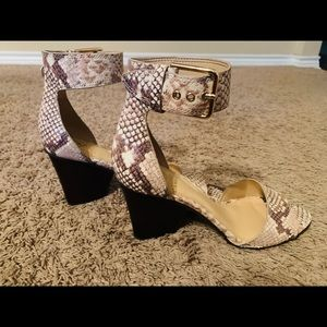 Vince Camuto Desert Sand Drito Sandals